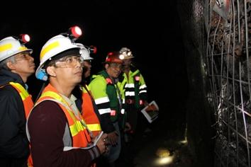 Sukmandaru & Rovicky terpikat melihat tambang bawah tanah PTFI