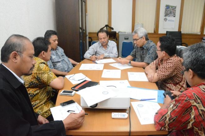 Pertemuan pengurus MAGI disaksikan oleh ketua PP-IAGI, Ketua MGEI, untuk menetapkan susunan lengkap pengurus MAGI