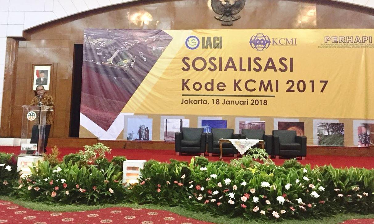 Pembukaan Sosialisasi Kode KCMI oleh Ketua Kombers IAGI-PERHAPI, Dr. Chairul Nas